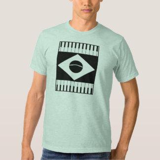 T-shirt diferentes das cores da música de Brasil