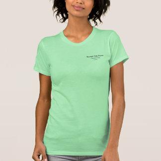 T-shirt do bebê da fazenda da cidade da floresta