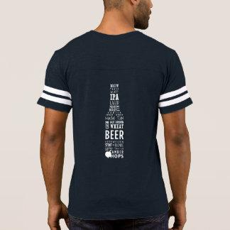 T-shirt do futebol dos homens dados forma cerveja camiseta
