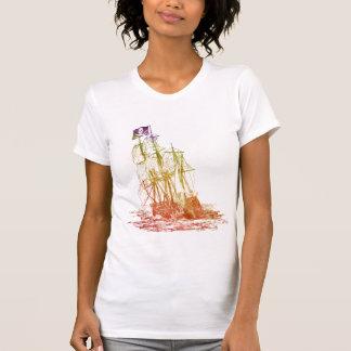 T-shirt do navio de pirata do arco-íris das