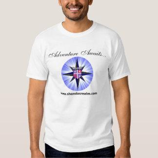 T-shirt do rosa de compasso do reino de Shonda