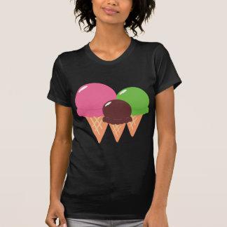 T-shirt dos cones do sorvete