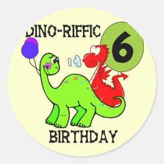 T-shirt e presentes do aniversário do dinossauro adesivo em formato redondo