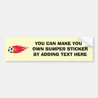 T-shirt e presentes flamejantes da bola de futebol adesivo