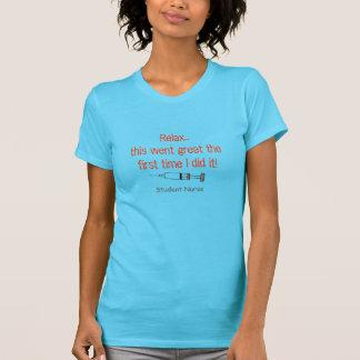 T-shirt engraçado da enfermeira de estudante com s