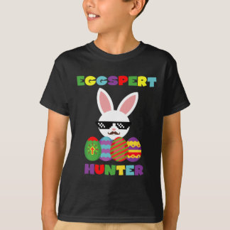 T-shirt engraçado dos miúdos dos caçadores do ovo camiseta