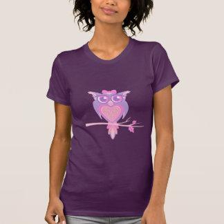 T-shirt gráfico bonito estilizado da coruja do camiseta