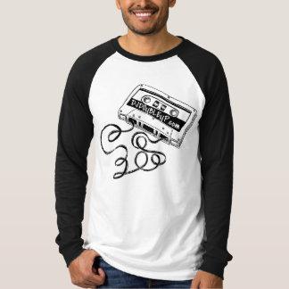 T-shirt gráfico do Raglan