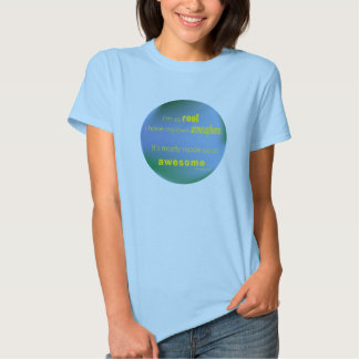 T-shirt impressionante da atmosfera das mulheres