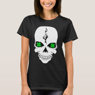T-shirt irlandês dos trevos de Smokin do crânio Camiseta