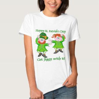 T-shirt irlandeses do gabarito