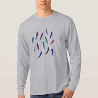 T-shirt longo da luva dos homens com penas camiseta