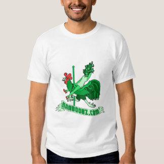 T-shirt mau do carrossel do menino (verde e