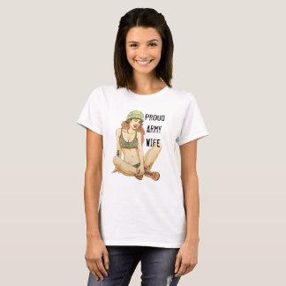 T-shirt orgulhoso da esposa do exército com camiseta