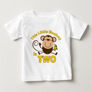 T-shirt pequeno da criança do menino do segundo