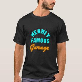T-shirt quase famoso do cromo de Garage/No Camiseta