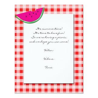 Tablecloth e convite vermelhos e brancos da
