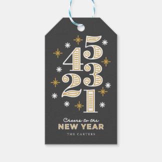 Tag do presente de ano novo da contagem regressiva