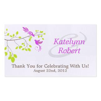Tag romances violetas do favor do casamento cartão de visita