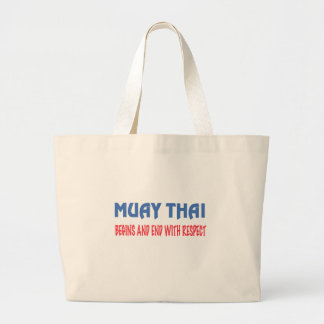 Tailandês de Muay começa e extremidade com o Bolsas