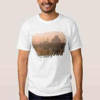 Taj Mahal, Agra, India T-shirt