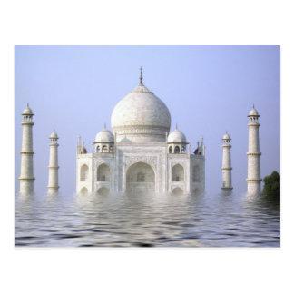 Taj-Mahal com cartão da água