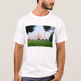 Taj Mahal no nascer do sol um das maravilhas do Camiseta