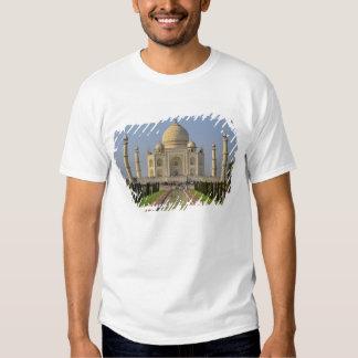 Taj Mahal, um mausoléu situado em Agra, India, 2 T-shirts