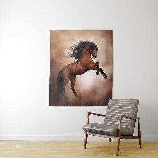 Tapeçaria média da parede do cavalo selvagem