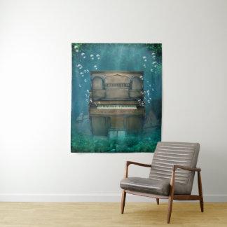 Tapeçaria média submersa da parede do piano