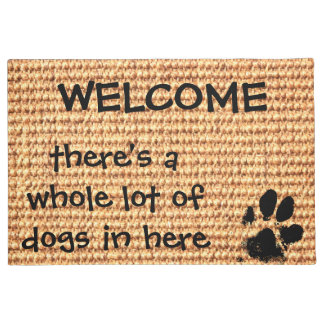 Tapete Boa vinda - há uns muitos dos cães dentro aqui