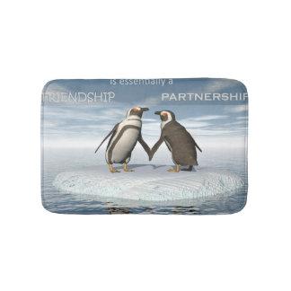 Tapete De Banheiro A amizade é essentailly uma parceria