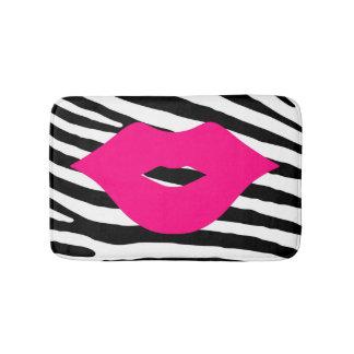 Tapete De Banheiro Encanto feminino da zebra do rosa do beijo dos