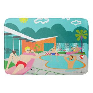 Tapete De Banheiro Esteira de banho alegre retro da festa na piscina