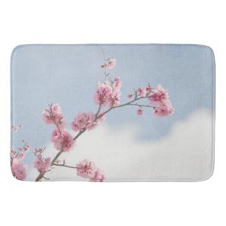 Tapete De Banheiro Flor de cerejeira no céu