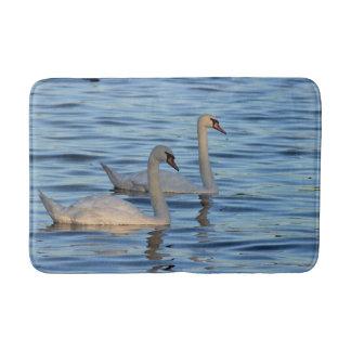 Tapete De Banheiro Foto das cisnes