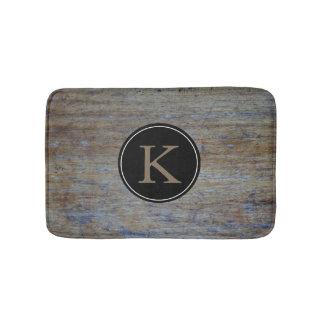 Tapete De Banheiro Inicial Monogrammed de madeira rústica do estilo