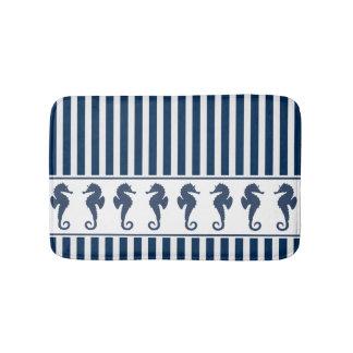 Tapete De Banheiro Listras de azuis marinhos e cavalos de mar