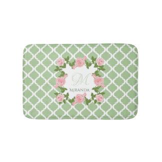 Tapete De Banheiro Monograma do rosa do rosa de Quatrefoil do verde