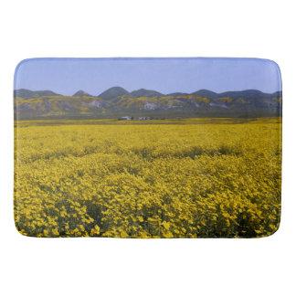 Tapete De Banheiro Paisagem amarela do campo do Wildflower