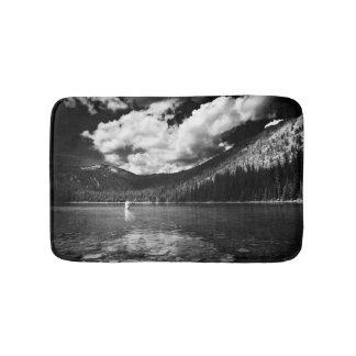 Tapete De Banheiro Pesca em Montana preto e branco