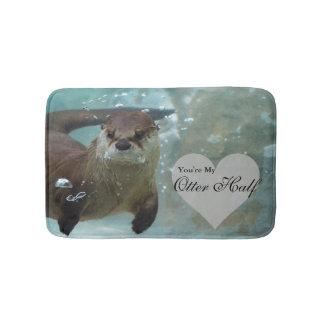 Tapete De Banheiro Sua minha natação da lontra de rio de Brown da