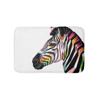 Tapete De Banheiro Zebra colorida do pop art no fundo branco