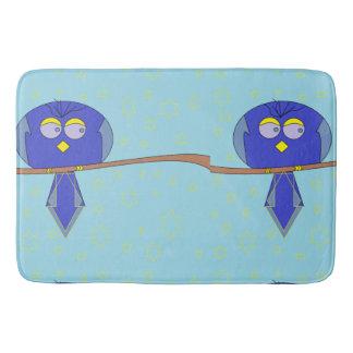 tapete de banho azul do pássaro dos desenhos