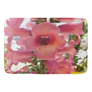 Tapete de banho cor-de-rosa da flor do Foxglove