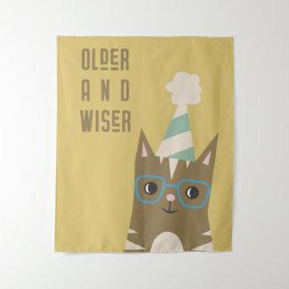 Tapete De Parede Gato de gato malhado com aniversário dos vidros