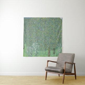 Tapete De Parede Rosebushes sob as árvores Gustavo Klimt GalleryHD