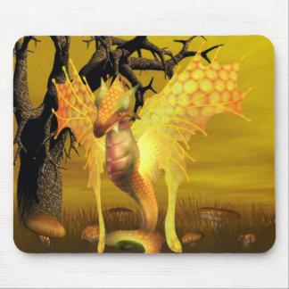 Tapete do rato dourado do dragão mousepad