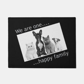 Tapete Doormat - nós somos uma família feliz