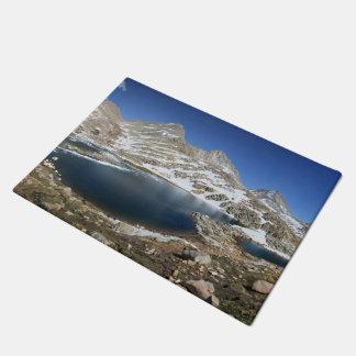 Tapete Lago bear preto - serra